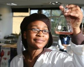 esukudu fille science journal du cameroun